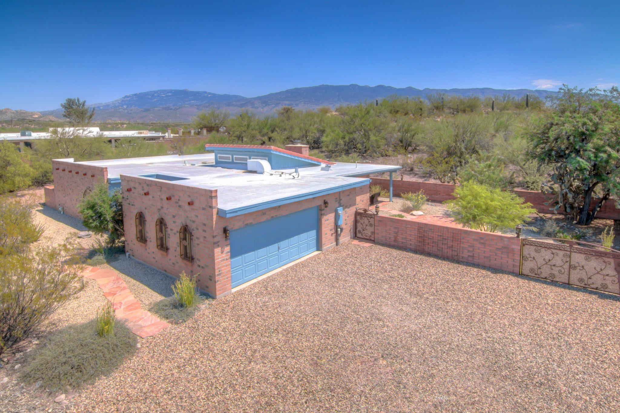 Northeast Tucson Masonry Home