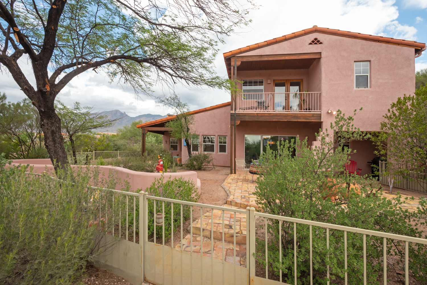 Catalina Foothills Custom Home For Sale