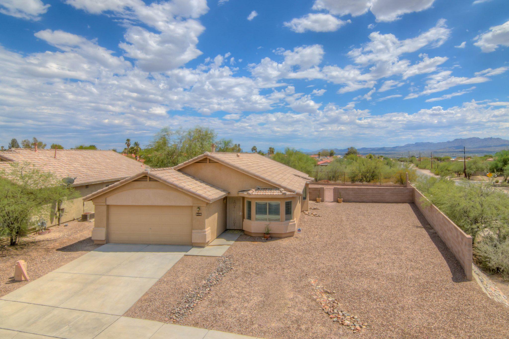 Northwest Tucson Home in Marana